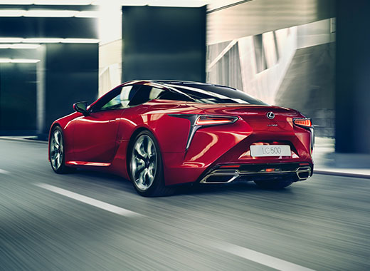 2017 Lexus LC 500 Driving Gallery 003